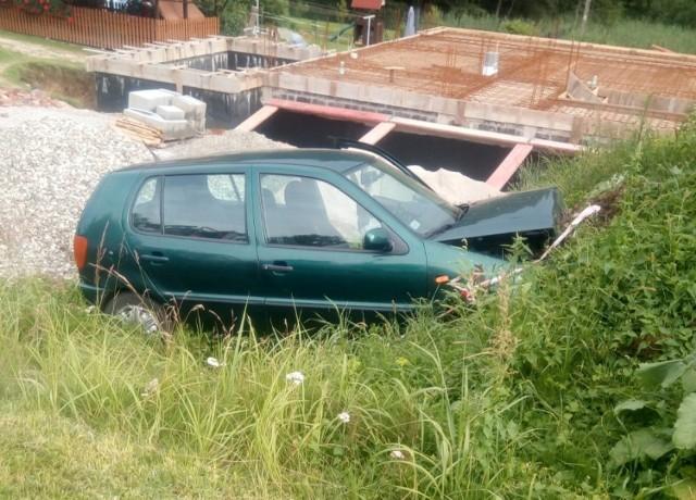 Zmarła 63-letnia kobieta, która zasłabła za kierownicą volkswagena