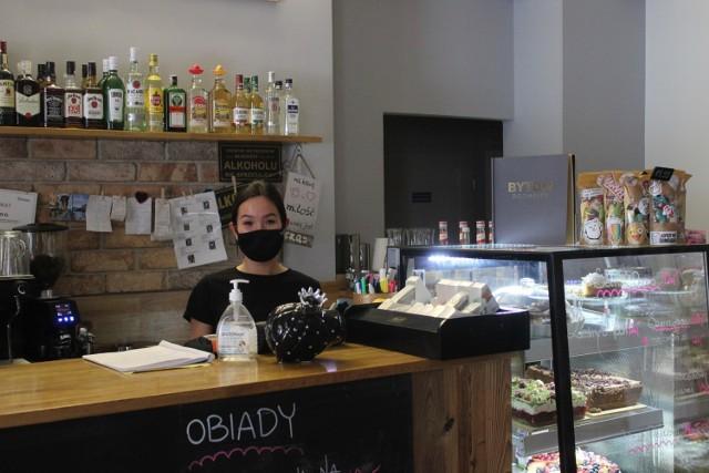 """Kawiarnia """"W Lufcie"""" w Bytomiu wznowiła w pełni swoją działalność w poniedziałek 1 lutego. Zobacz kolejne zdjęcia >>>"""
