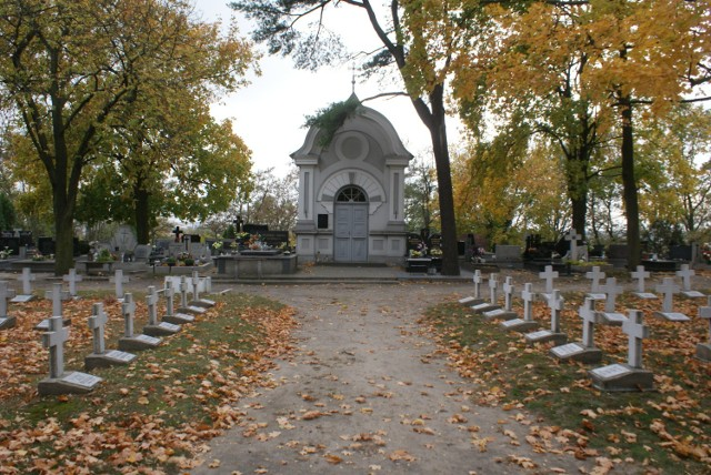 Cmentarz na Majkowie w Kaliszu. Niezwykła nekropolia
