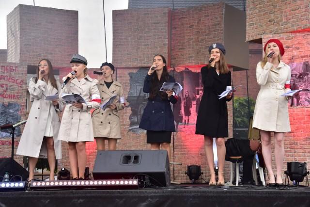 Koncert z okazji 77. rocznicy Powstania Warszawskiego w Barcinie.