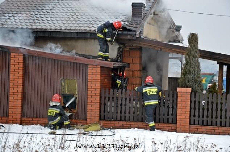 Pożar W Bieruniu Płonął Garaż Przy Strzeleckiej W środku Były