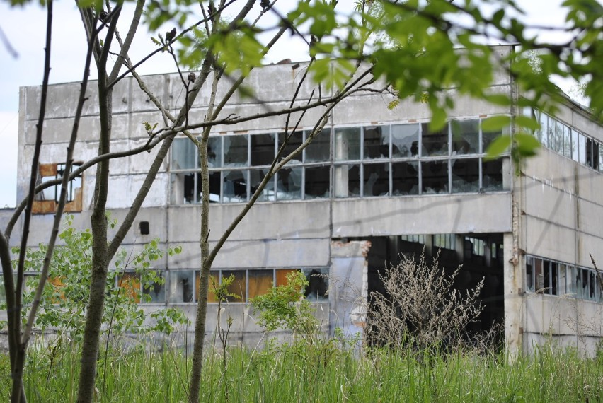 Dawna firma Bakutilu stoi pusta od kilkunastu lat