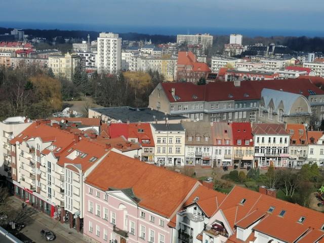 Widok na Kołobrzeg z wieży bazyliki