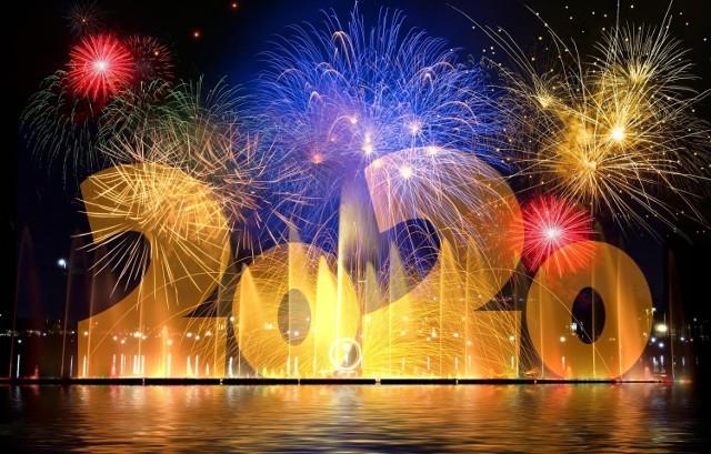 Przywitaj Nowy Rok w rytmie najlepszej muzyki. Zobacz naszą playlistę na Sylwestra.