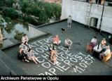 """Powódź 1997 w Opolu. Dwa tygodnie """"uwięzienia"""" w bloku na Zaodrzu. Były apele o papierosy i... świnia w zsypie! [ZDJĘCIA]"""