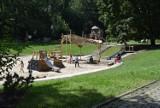 To najładniejszy plac zabaw w Katowicach. Duży, pięknie urządzony i w Parku Kościuszki. Ostatnio znów zapełnił się dziećmi