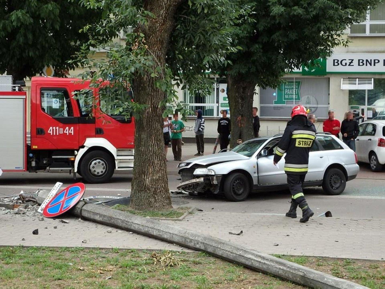 ae1486ff21 Bielsk Podlaski. Wypadek na skrzyżowaniu ul. Mickiewicza i 11 ...