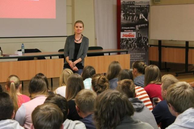 Aktorka znana z W-11 odwiedziła Zespół Szkół Zawodowych w Wodzisławiu Śl.