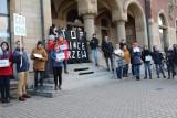 Tarnowskie Góry: protest przeciwko wycince drzew ZDJĘCIA. Władze miasta zapowiadają konsultacje społeczne