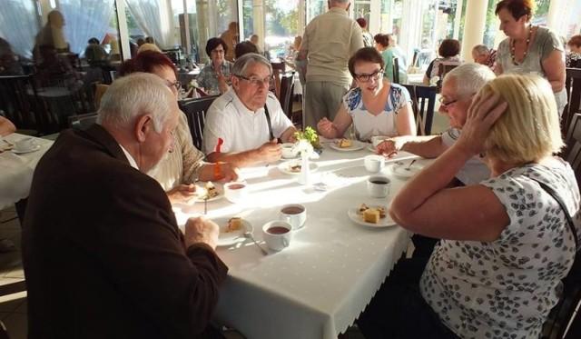 Seniorzy z Chełmna angażują się w wiele przedsięwzięć.