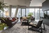 Luksusowy apartament w wieżowcu Cosmopolitan. Z okien rozlewa się widok na centrum Warszawy