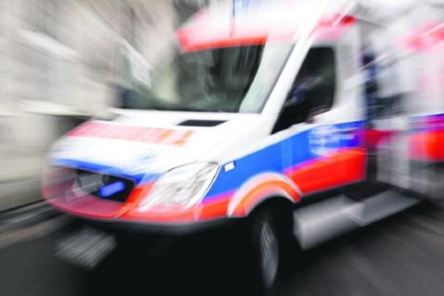 Po wypadku do szpitala trafiły dwie osoby