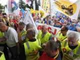 Związkowcy protestować będą przed siedzibą PGE GIEK w Bełchatowie Jakie mają postulaty?
