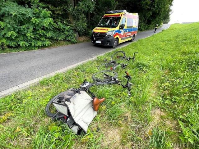 Do nietypowego wypadku doszło dziś (23.07) rano na Wyspie Bolko w Opolu. Rowerzyści doznali rozległych obrażeń głowy.