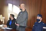Opole. Sąd obniżył karę 36-latkowi, który wielokrotnie gwałcił swojego psa. Mężczyzna trafi za kratki, ale na krócej