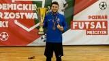 Nie tylko klasyczna piłka nożna. Adrian Wróblewski z Pomorzanina akademickim mistrzem Polski w futsalu
