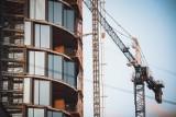 Inwestycja Global Office Park w Katowicach. Dwie wieże mają już 104 metry. Cavatina skończy biurowce w 2022. Jest nowy najemca, Hyland