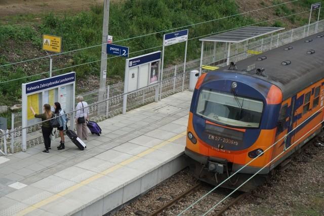 PKP Polskie Linie Kolejowe inwestuja dalej. Łącznica w Kalwarii Zebrzydowskiej skróci czas podróży koleją z Krakowa do Wadowic i Bielska – Białej.