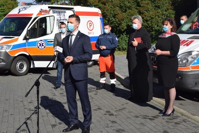 Powiat krośnieński zakupił kolejną karetkę dla ratownictwa w Zachodnim Centrum Medycznym.