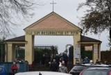 Cmentarze w Żorach otwarte. 3 listopada jak Wszystkich Świętych. Spory ruch na cmentarzach przy ul. Nowej i Komunalnej