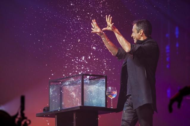 Iluzjoniści, Warszawa 2019. Spektakularne magiczne show w Hali Torwar. Tak wygląda na żywo [ZDJĘCIA]