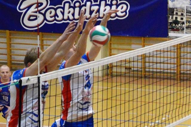 Siatkarze Kęczanina w meczu przeciwko TKS Tychy popełnili zbyt wiele prostych błędów.