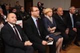 Paweł Adamowicz krytukuje PiS za wynajęcie historycznej Sali BHP