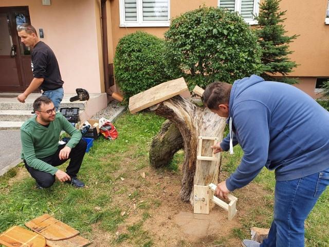 Pracownia stolarka Środowiskowego Domu Samopomocy pracuje nad kolejnymi projektami