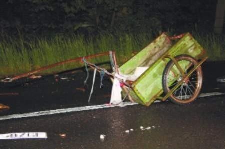 Ten wózek znali wszyscy mieszkańcy Bolesławca, przypominał im o szacunku dla chleba.  FOT. bernard łętowski
