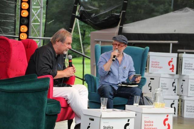 Chris Niedenthal i Mikołaj Grynberg na spotkaniu w Szczebrzeszynie