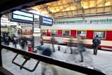 Wrocław:  Specjalne pociągi zawiozą kibiców na stadion (GODZINY ODJAZDÓW)