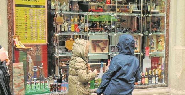 Na razie nie wiadomo, czy od 26 grudnia będzie obowiązywał zakaz nocnej sprzedaży alkoholu w sklepach w Dzielnicy I.