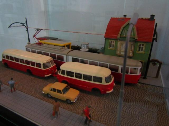 Historyczne zdjęcia i modele tramwajów są do zobaczenia w Muzeum ...