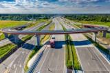"""Autostrada A50. Ruszają pierwsze konsultacje. Kiedy otwarcie? """"Możliwe do zrobienia w 2027-28"""""""