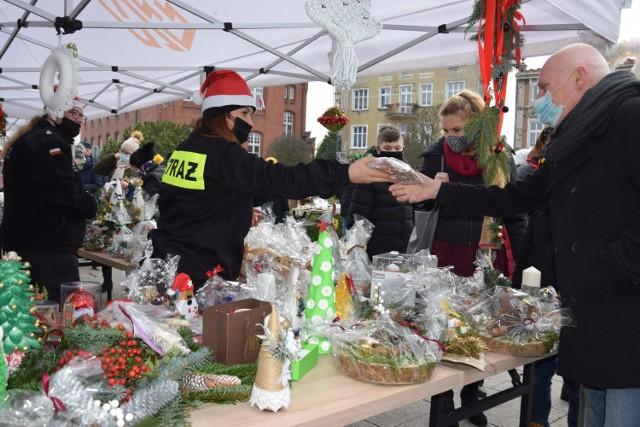 Relacja z mini-kiermaszu świątecznego w Żninie na rzecz Celinki z Szubina