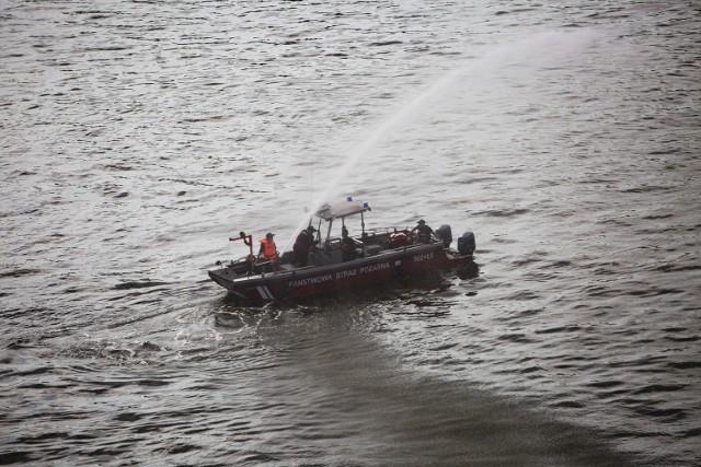 Ćwiczenia straży pożarnej na Wawelu
