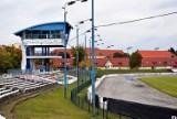 Czas ucieka, a rozpocząć przebudowy stadionu przy ul. Bydgoskiej w Pile nie można...