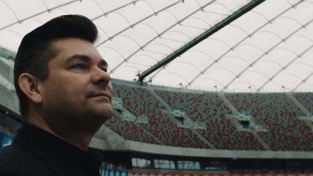 """Zenek Martyniuk nagrał mundialową piosenkę """"Przez emocje oszalałem"""". Nowy przebój ma zagrzewać Polaków do walki! [WIDEO]"""