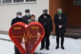 Charytatywne serce stanęło przed Szkoła Podstawową w Zdunach [ZDJĘCIA]