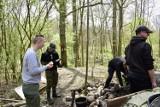 Źródełko Dohny w żagańskim lesie! Pasjonaci historii szykują szlak krajoznawczy