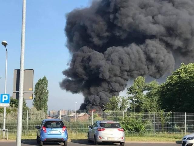 Przy ulicy Piotra Skargi w Chorzowie wybuchł pożar hali magazynowej. Po ugaszeniu ognia służby odnalazły ciało 40-letniego mężczyzny. 19 lipca prokurator rejonowy poinformował o wynikach sekcji zwłok chorzowianina.