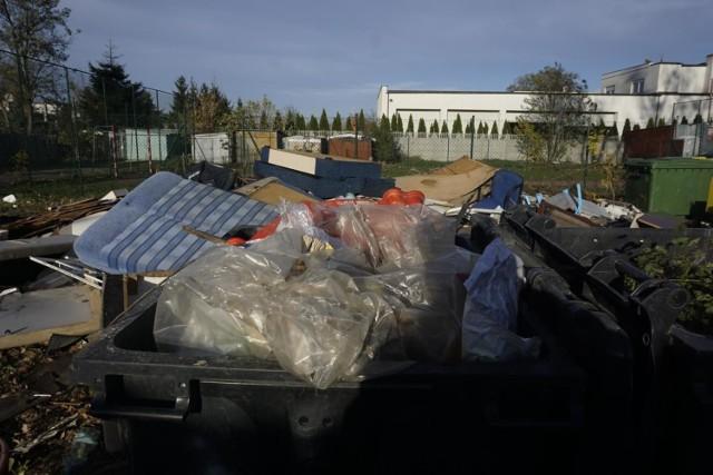 1 lipca wchodzi w życie podwyżka opłat za odbiór i zagospodarowanie odpadów. Wszyscy bez wyjątku zapłacimy więcej za śmieci, także rodziny wielodzietne, które na ulgi mogą liczyć dopiero jesienią.