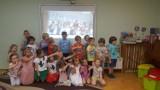"""Pleszew. Integracyjne zabawy z tablicą interaktywną w przedszkolu """"Słoneczne"""" w Pleszewie"""
