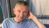 Znany lektor walczy o życie. Janusz Kozioł zmaga się ze stwardnieniem zanikowym bocznym. Może pomóc mu w walce