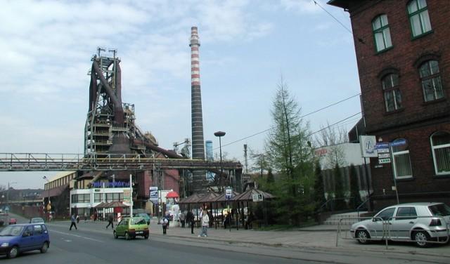 Tak wyglądała Ruda Śląska osiemnaście lat temu. Pamiętacie te miejsce i te wydarzenia?  Zobacz kolejne zdjęcia. Przesuwaj zdjęcia w prawo - naciśnij strzałkę lub przycisk NASTĘPNE