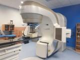 Nowoczesna aparatura w Szpitalu Morskim w Gdyni. Akcelerator posłuży pacjentom onkologicznym poddawnym radioterapii