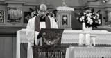 Nie żyje ks. Łucjan Szeliga, proboszcz parafii w Mierzycach. Pogrzeb księdza odbędzie się w poniedziałek