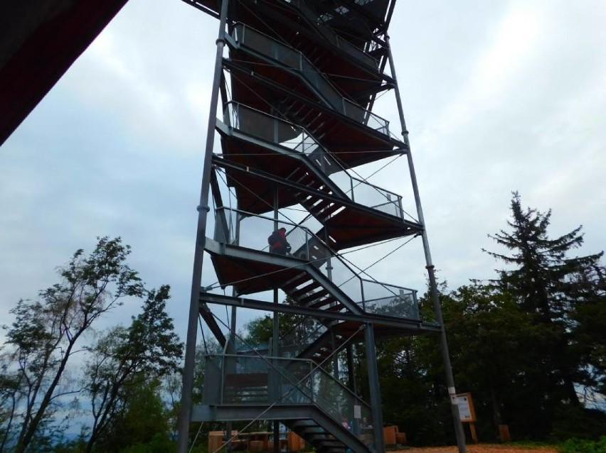 Na wieżę na Trójgarbie na razie nie wejdziemy. Zobaczcie jak tam jest