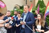 """Partia Razem krytycznie o nowym stadionie w Opolu. Adrian Zandberg: """"Karykatura jak Pałac Saski"""""""