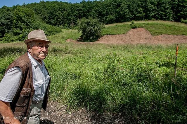 Policja ustala, kto prowadził wykopaliska na terenie Cieszowa i czy miał na to zezwolenie. O sprawie powiadomił ich Tadeusz Słowikowski